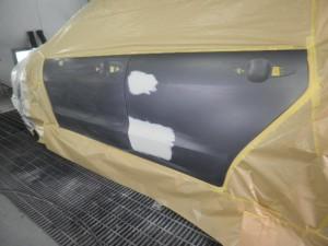 ストリーム 左リヤドア鈑金塗装
