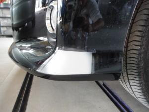トヨタ エスティマ フロントバンパー簡易修理・当日納車