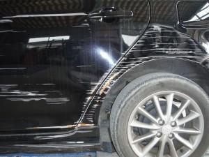 トヨタ カローラフィールダー リヤフェンダー取替