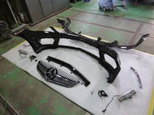 AMG C63 バンパー交換