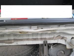 ストリーム 追突事故 板金塗装修理