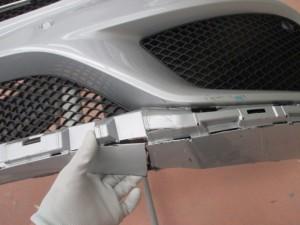メルセデスベンツCクラス バンパー割れ修理