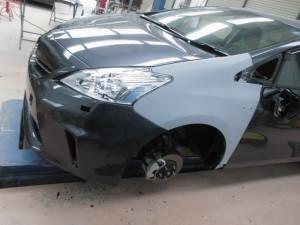 プリウスα 事故車修理
