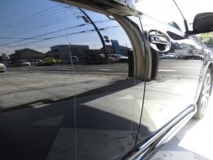 スバルレガシーB4 ドアパンチによる凹み修理