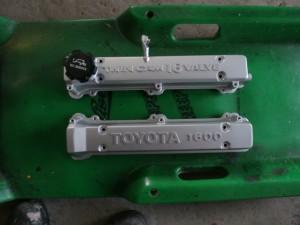 MR2ヘッドカバー サンドブラストによる耐熱塗装