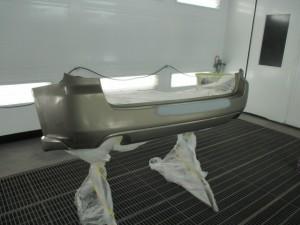 スバルレガシー バンパー修理
