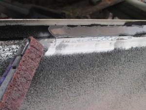 トヨタハイエース 溶接パネル交換