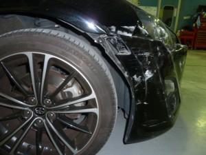 トヨタ86右フロント廻り事故