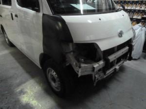 トヨタライトエース接触事故