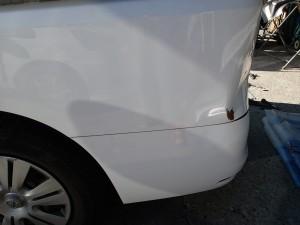 埼玉県 桶川市 セレナ 左リヤフェンダー 板金・塗装修理