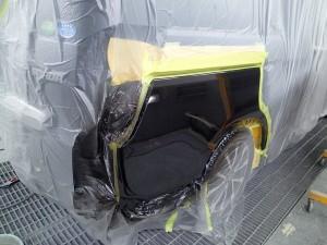 ステップワゴン リヤバンパー及びリヤフェンダー 安くキレイに直します。
