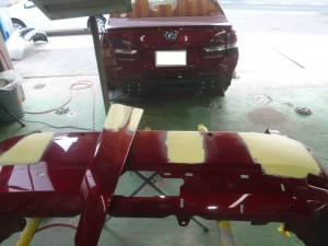 レクサスHS ドア バンパー 板金修理