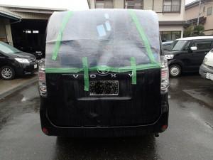 桶川市 VOXY リヤ廻り 板金・塗装・修理 リサイクルパーツ利用で賢く安く!