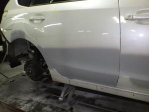 桶川市 インプレッサ 左側面 板金・修理・塗装