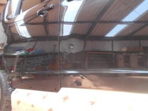 スズキソリオ ドアの凹み修理