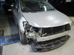 トヨタ ブレイド 前回り修理