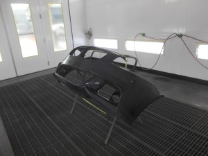 BMW523i バンパー亀裂修理
