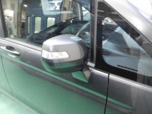 ドアミラーが動かない!ステップワゴン(RK1) ドアミラー故障
